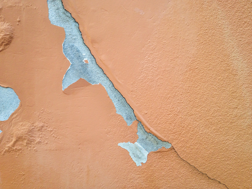 What Causes Peeling Paint?